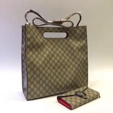 Женская кожаная сумка Gucci серая