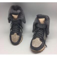 Женские зимние замшевые кроссовки Brunello Cucinelli серые с мехом