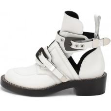 Женские летние лаковые ботинки Balenciaga белые с застежками