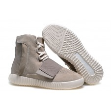 Кроссовки высокие Adidas Yeezy Boost 750